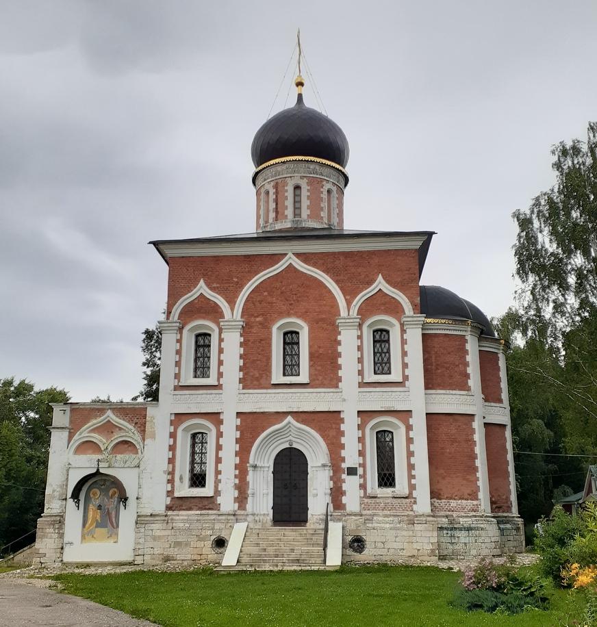 Храм святых апостолов Петра и Павла, город Можайск